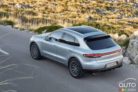 2019 Porsche Macan S Gets New V6 Turbo Engine Car News Auto123