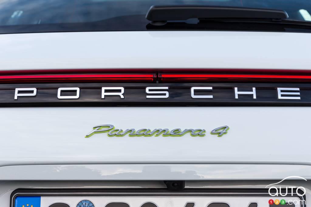 Porsche Panamera 4 e-hybrid Sport Turismo, arrière