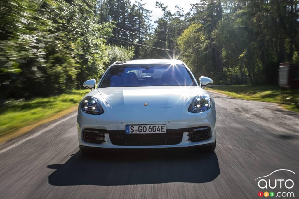 Porsche Panamera 4 e-hybrid Sport Turismo,  avant