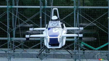 SkyDrive's flying car concept, front