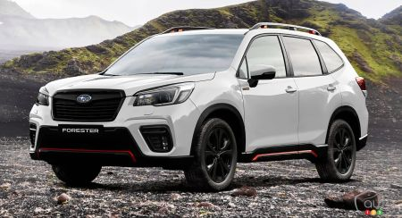 2021 Subaru Forester, three-quarters front