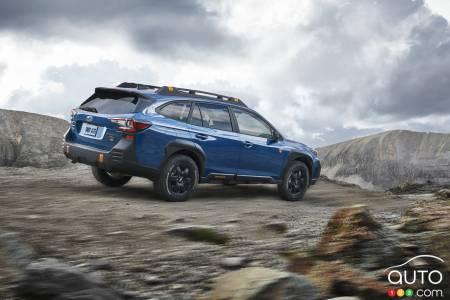 2022 Subaru Outback Wilderness, profile