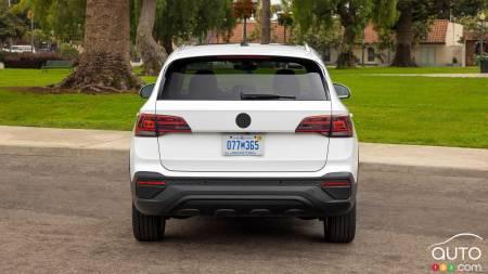 2022 Volkswagen Taos, rear