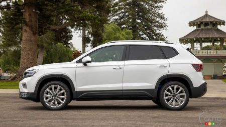 2022 Volkswagen Taos, profile
