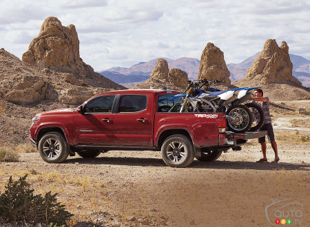 Tacoma V6 Towing Capacity >> 2019 Toyota Tacoma Details And Pricing For Canada Car News