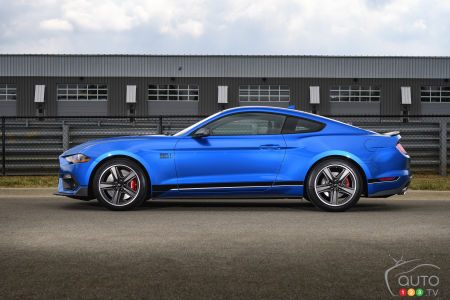 2021 Ford Mustang Mach 1, profile