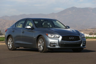 2014 Infiniti Q50 video road-test