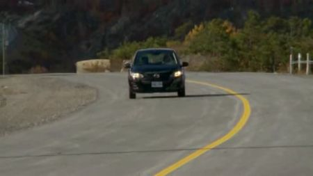 2011 Mazda2 Yozora video road-test