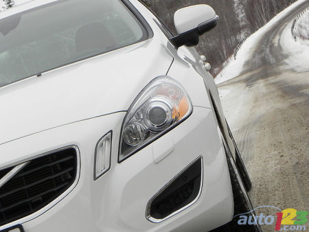 2011 Volvo S60 road test video