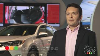 2013 Toyota RAV4 video at the Montreal Auto Show (french)