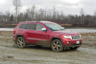 2011 Jeep Grand Cherokee road-test video