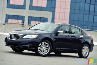 2011 Chrysler 200 Limited review video