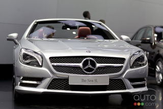 2013 Mercedes-Benz SL-Class video from the Detroit Auto Show