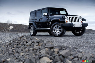 2012 Jeep Wrangler Sahara video