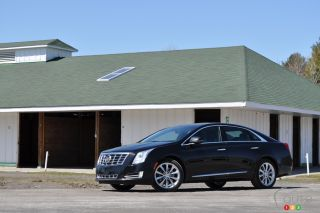 2013 Cadillac XTS4 Luxury pictures