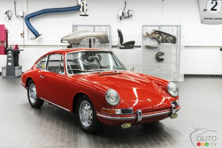 The oldest Porsche 911 pcitures