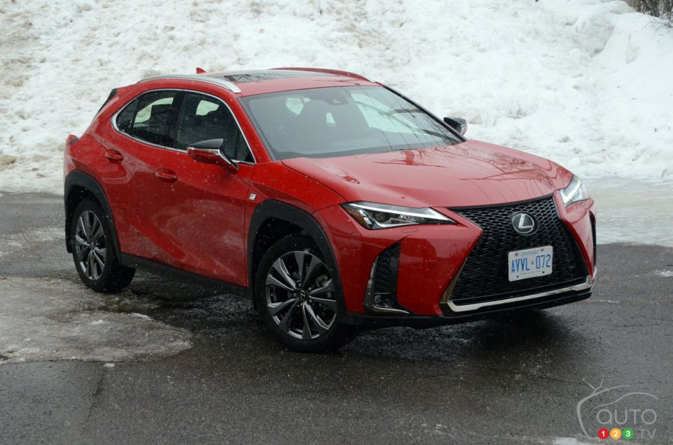 We test drive the 2019 Lexus UX 200