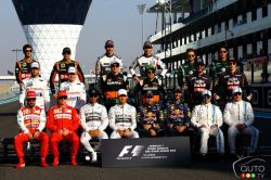End of year F1 drivers photograph.