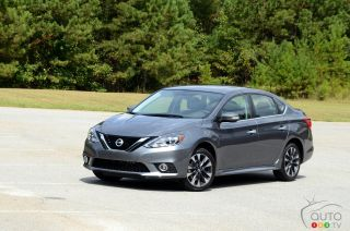 2017 Nissan Sentra SR Turbo pictures