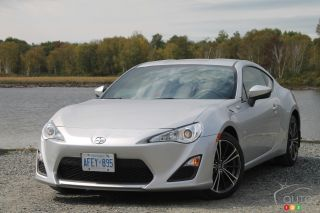 2013 Scion FR-S images