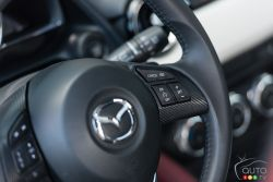 2016 Mazda CX-3 GT steering wheel mounted cruise controls