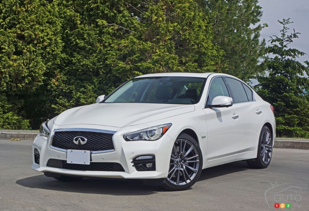 2016 infiniti q50 red sport 400 awd road test car reviews auto123. Black Bedroom Furniture Sets. Home Design Ideas