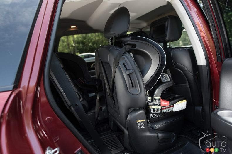 2015 nissan pathfinder platinum awd pictures auto123. Black Bedroom Furniture Sets. Home Design Ideas