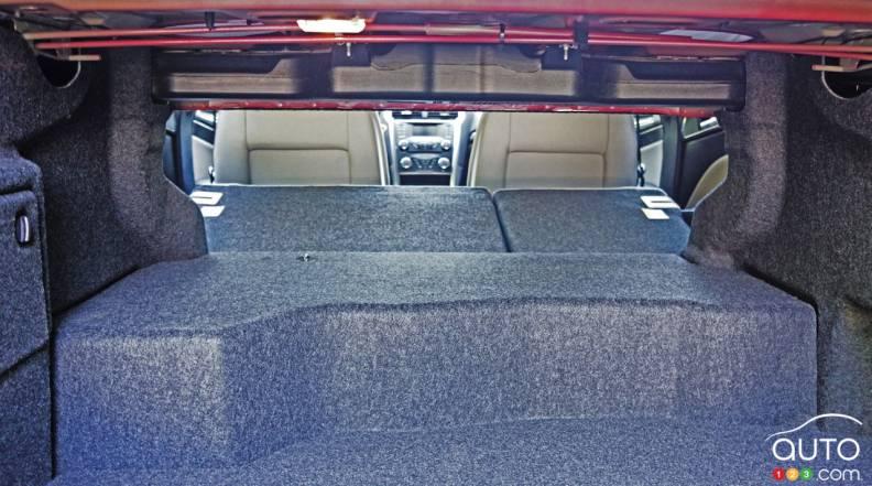 photos de la ford fusion hybride 2017 photo 18 de 32 auto123. Black Bedroom Furniture Sets. Home Design Ideas
