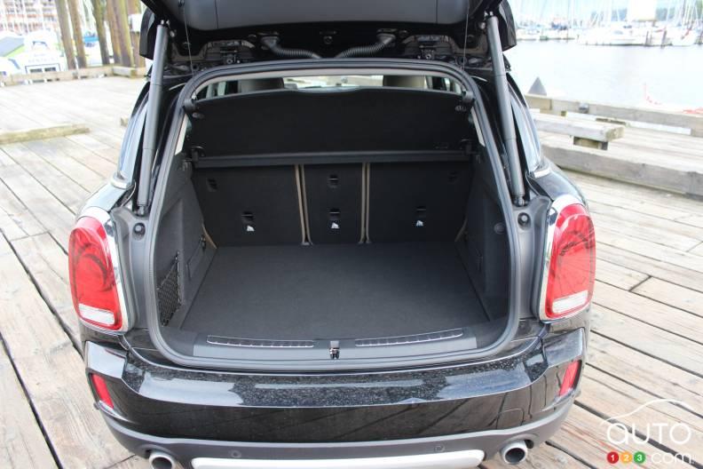 mini countryman 2017 plus d espace pour votre famille auto123. Black Bedroom Furniture Sets. Home Design Ideas