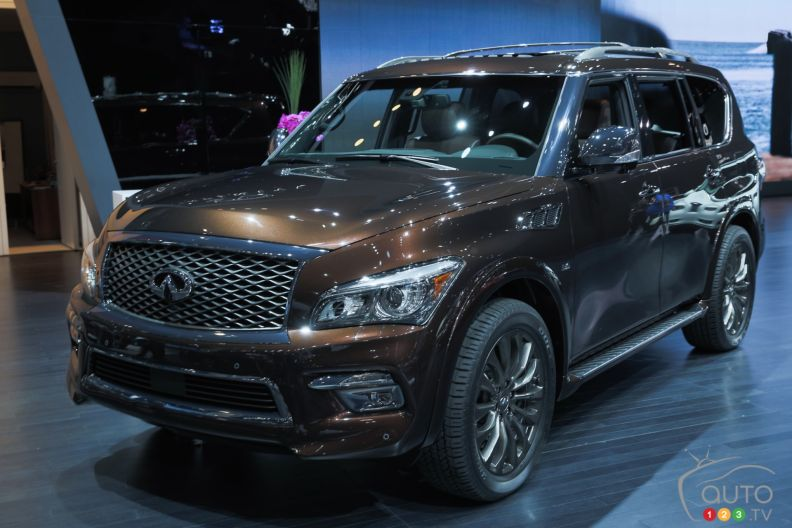 2015 infiniti qx80 limited pictures auto123. Black Bedroom Furniture Sets. Home Design Ideas