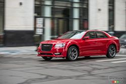 Chrysler 300S with 5.7-liter HEM  V-8 engine 2018