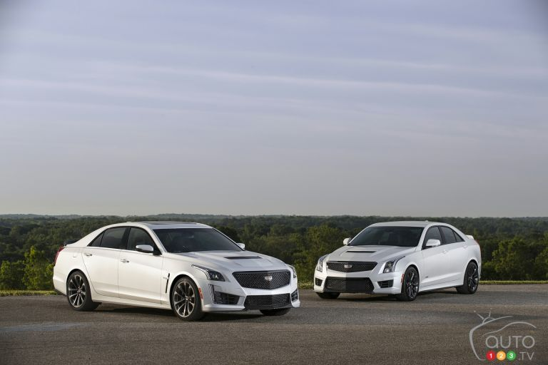 Photos de la Cadillac CTS-V super sedan 2017 and Cadillac ATS-V Sedan 2017