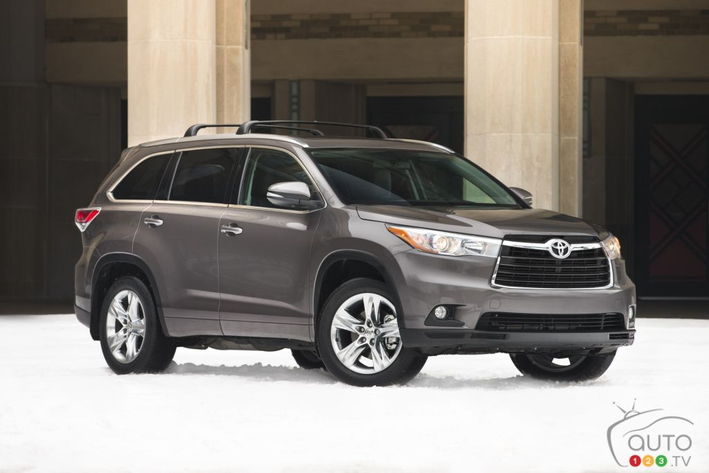 2015 toyota highlander limited review editor 39 s review. Black Bedroom Furniture Sets. Home Design Ideas