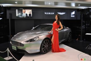 Girls at the 2015 Tokyo motor show
