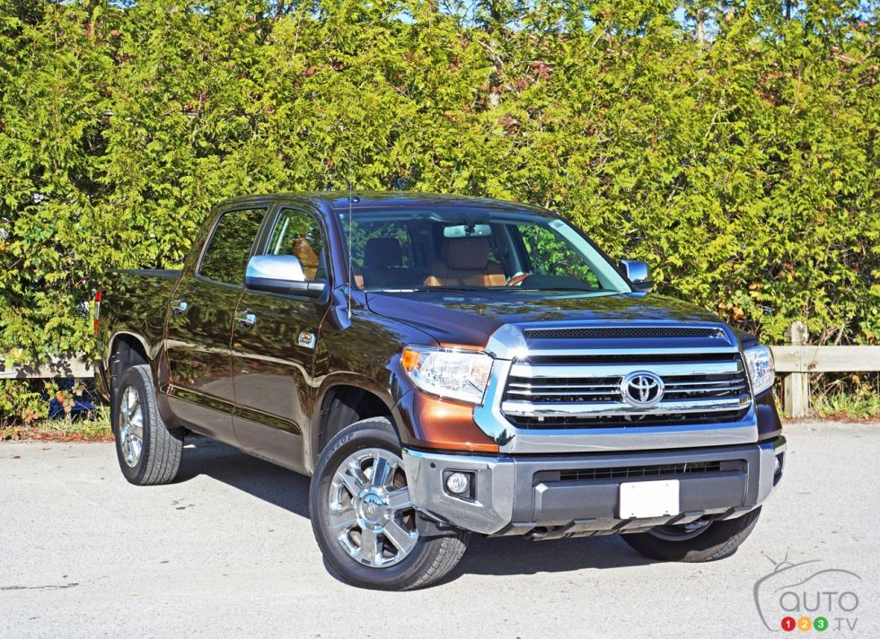 2016 toyota tundra 4x4 crewmax 1794 edition pictures photo 31 of 42 auto123. Black Bedroom Furniture Sets. Home Design Ideas
