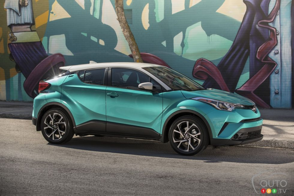 The 2018 Toyota C Hr Both Cool And Staid Auto123
