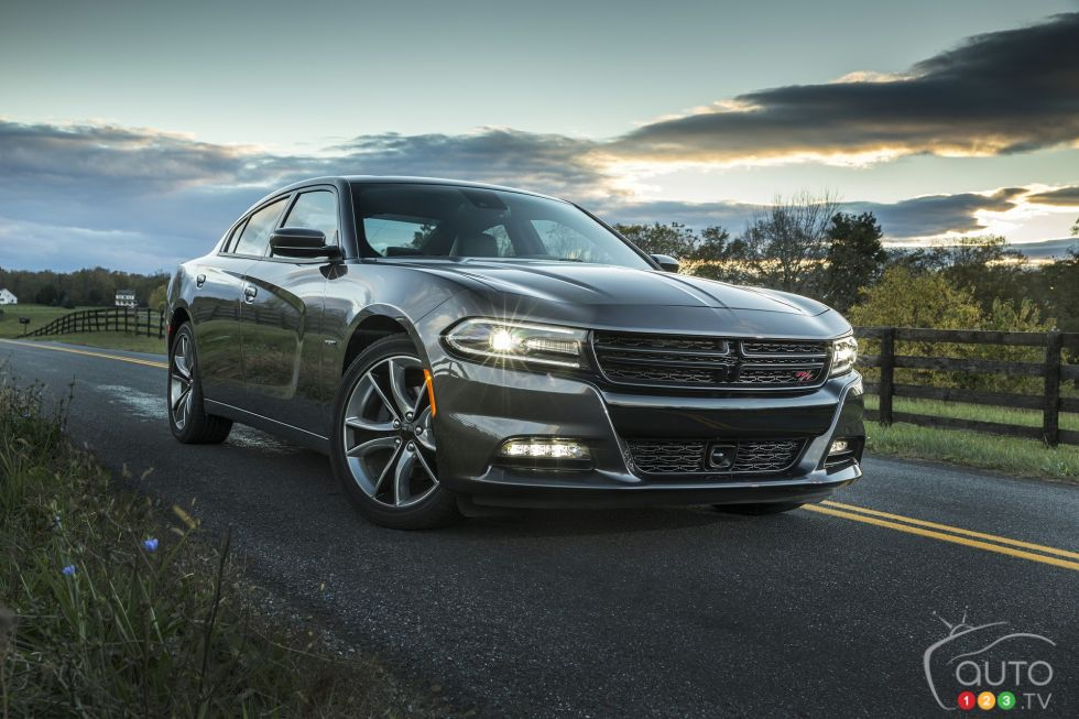 2015 Dodge Charger Pictures Auto123