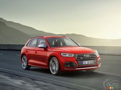 3/4 front view of the SQ5