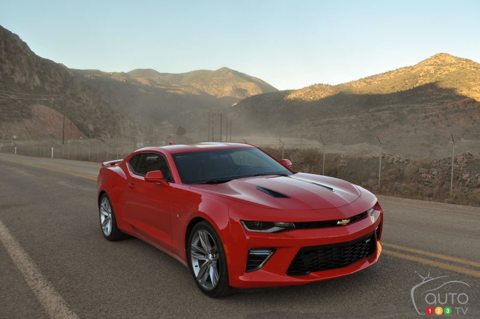 2016 chevrolet camaro ss auto123. Black Bedroom Furniture Sets. Home Design Ideas