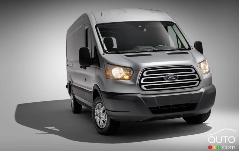 2015 ford transit 250 mr van pictures auto123. Black Bedroom Furniture Sets. Home Design Ideas