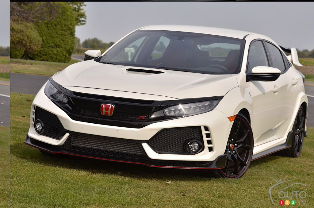 la honda civic type r lue voiture sport compacte de 2018 actualit s automobile auto123. Black Bedroom Furniture Sets. Home Design Ideas