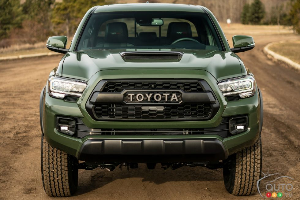 2020 Toyota Tacoma TRD Pro pictures | Photo 38 of 40 | Auto123