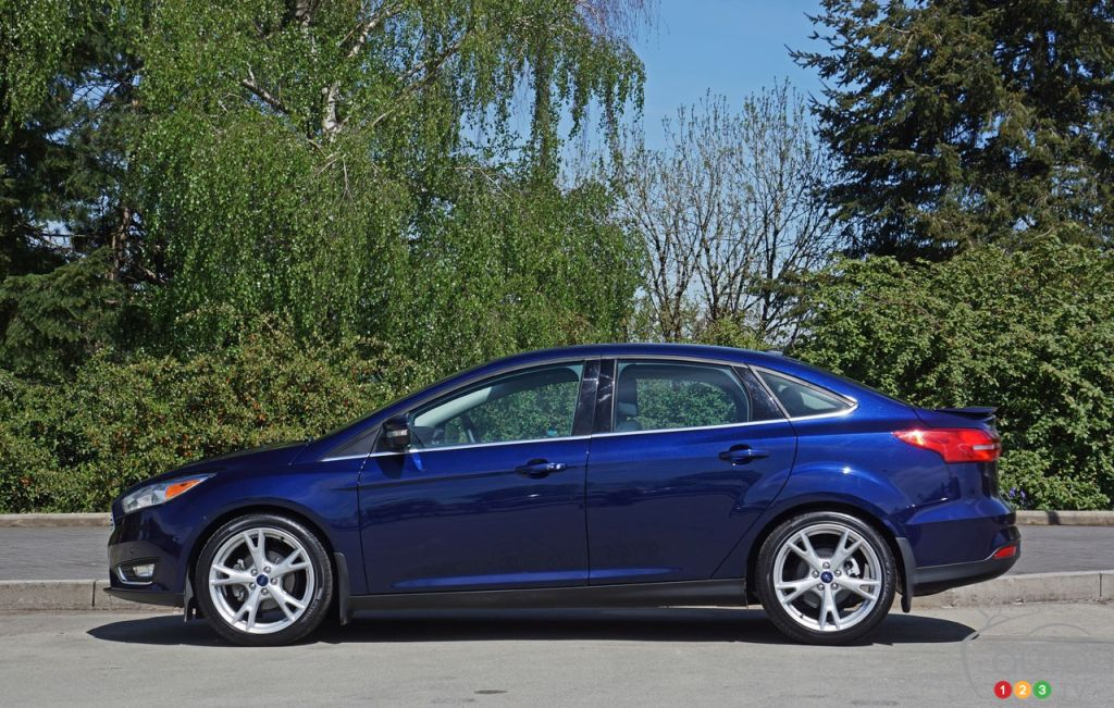 2016 ford focus titanium sedan road test car reviews. Black Bedroom Furniture Sets. Home Design Ideas