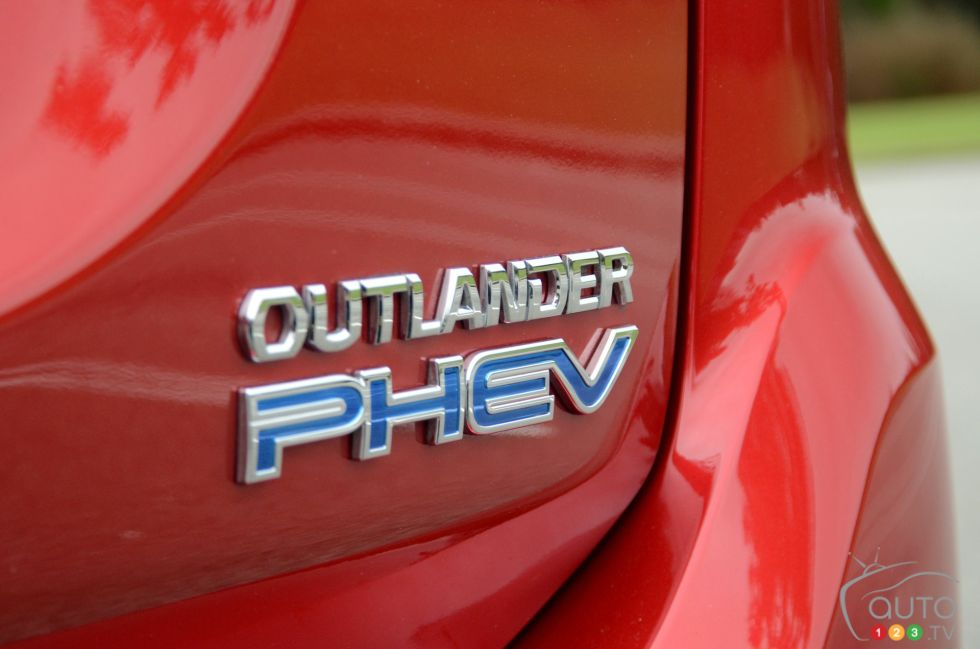 2018 Mitsubishi Outlander Phev A New Start For The Automaker