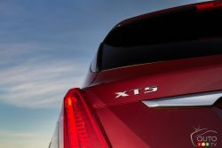 2017 Cadillac XT5 model badge