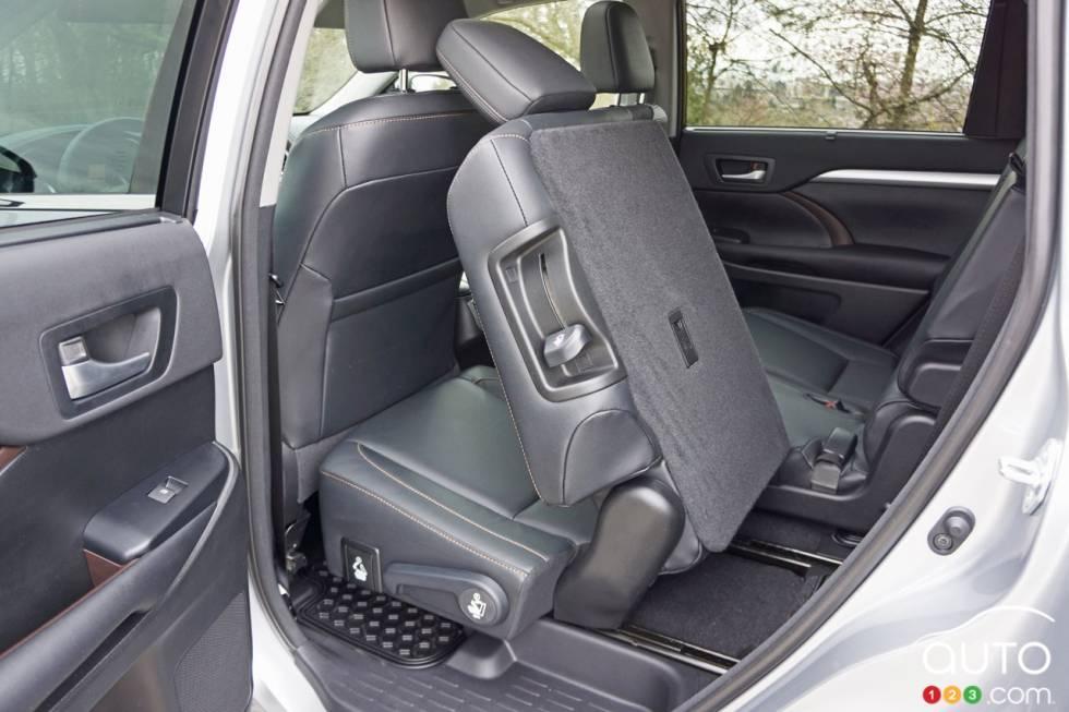 2016 Toyota Highlander Xle Awd Interior Details