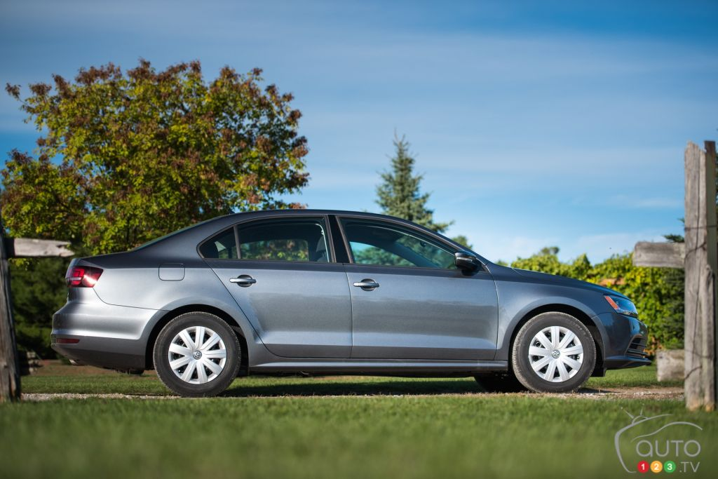 the 2016 vw jetta 1 4l tsi gets new lease on life car reviews auto123. Black Bedroom Furniture Sets. Home Design Ideas