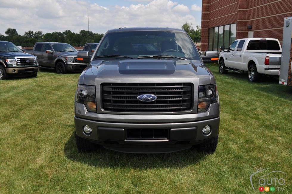 2014 ford f 150 tremor pictures auto123. Black Bedroom Furniture Sets. Home Design Ideas