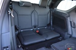 Second rear bench seat