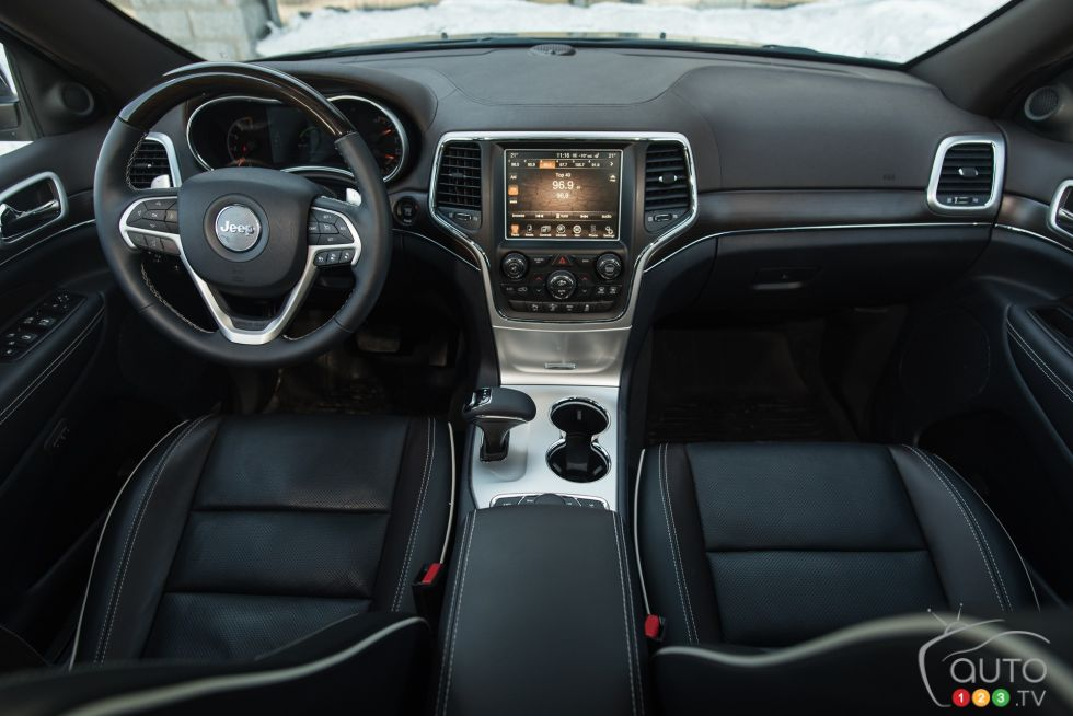 2015 jeep grand cherokee overland ecodiesel pictures auto123 - 2015 jeep grand cherokee interior ...